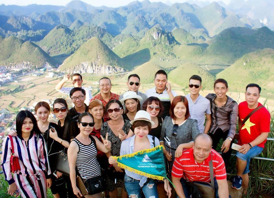 """""""Chu du"""" lên núi cùng Vietmountain travel"""